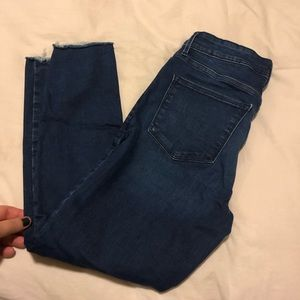 Old Navy Superstar Cropped Jeans